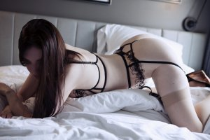 Sourour escort girl in Woodland Park NJ and nuru massage