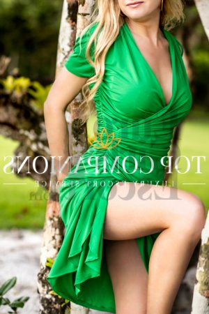 Claire-lise escort girl in Kendall West FL