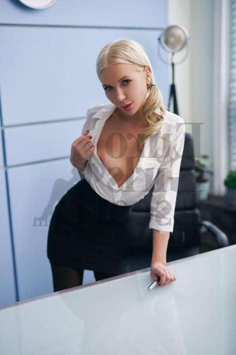 happy ending massage and live escort
