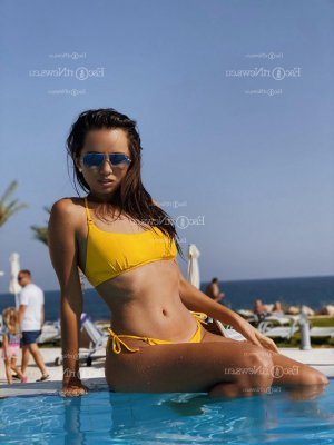 Ariana thai massage in Sunny Isles Beach and escorts