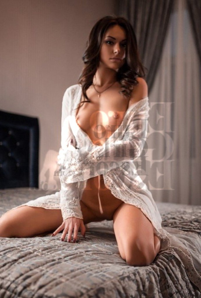 live escorts in Edgewood, tantra massage