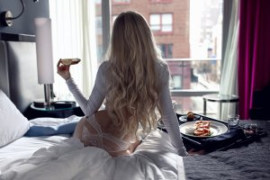 Maria-fernanda escorts in Ottawa Illinois