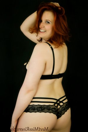 Kamaria tantra massage in Onalaska WI, escort